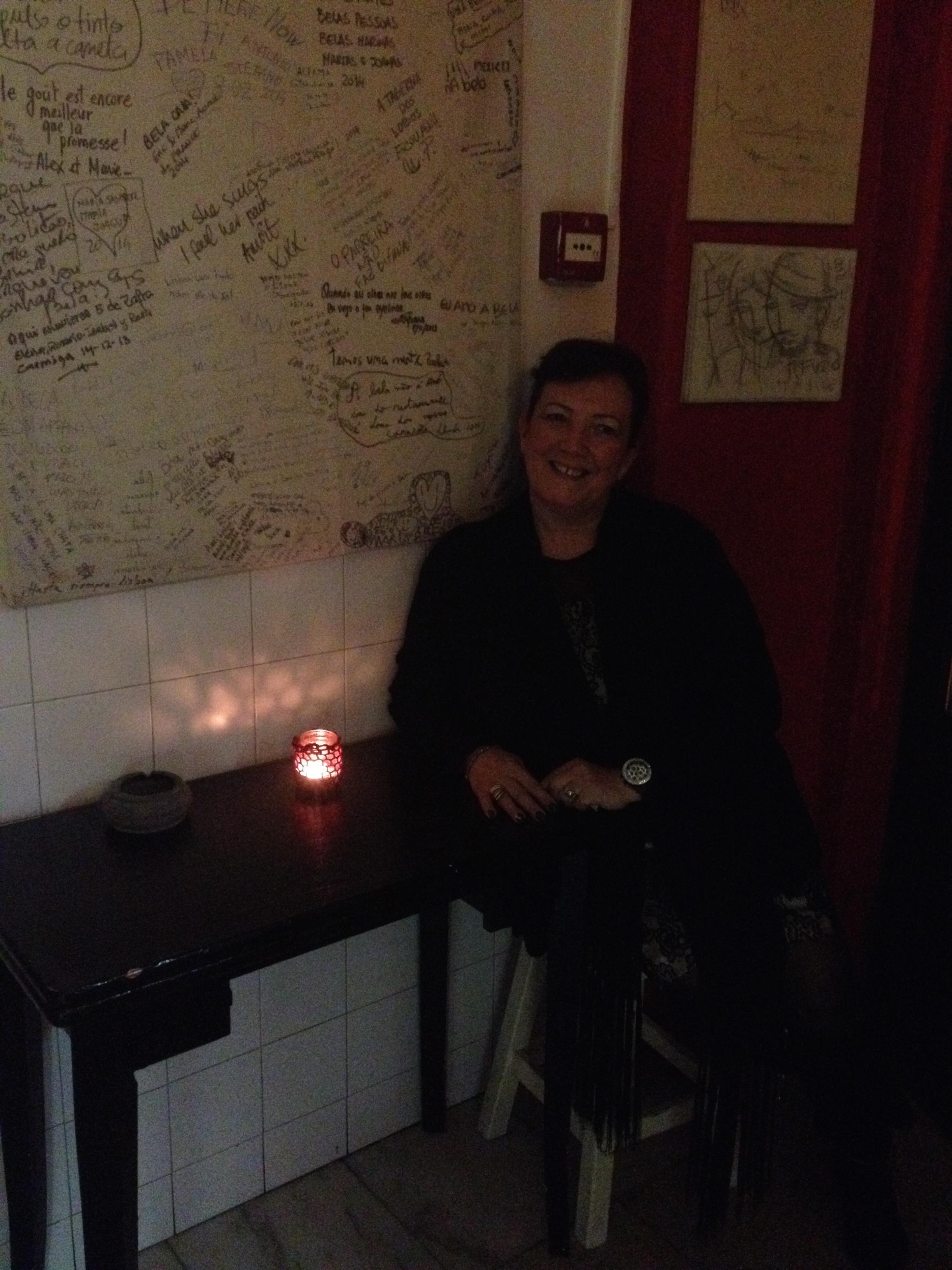 Fadista Alice Nunes  Fado